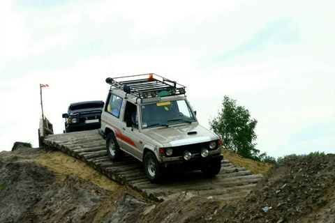 4 x 4 Off Road Hire